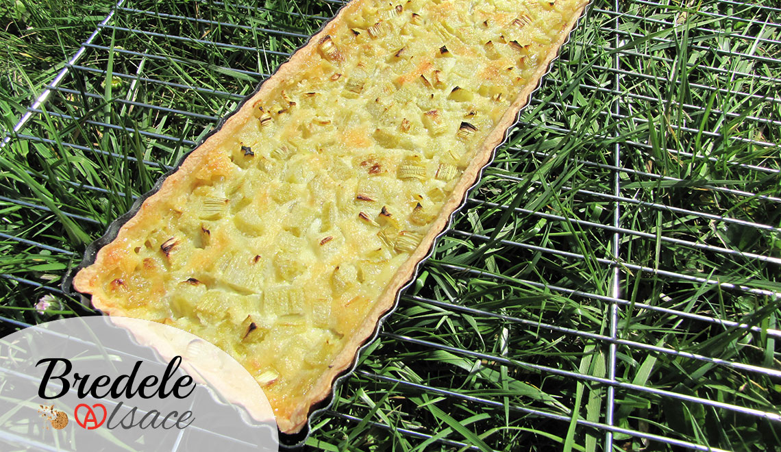 Autre suggestion de présentation de la tarte à la rhubarbe.